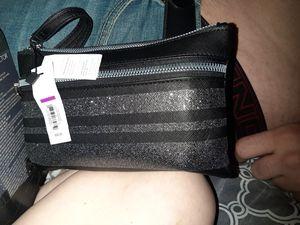 Womens wallet/makeup bag for Sale in Shreveport, LA