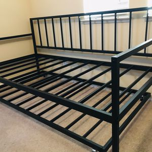 Brand New Twin Size Day Bed Trundle Set for Sale in Fresno, CA