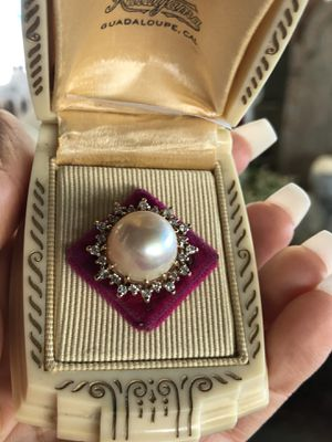 14K gold Mabe pearl natural diamonds ring for Sale in Fresno, CA