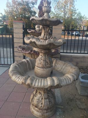 Water fountain for Sale in Grand Terrace, CA
