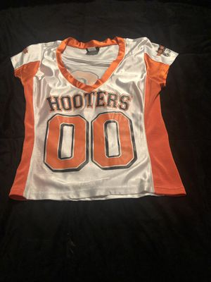White Hooters Jersey for Sale in Evansville, IN