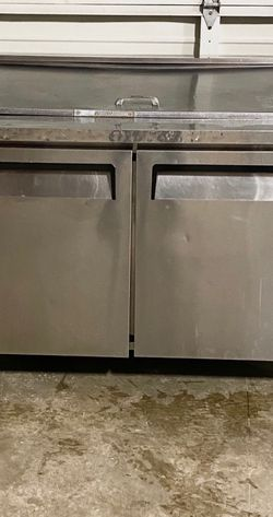 Commercial (2) door sandwich prep cooler for Sale in Issaquah,  WA