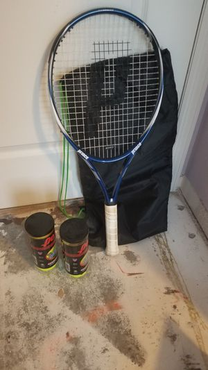 Prince Tennis Rachet with bag and 5 tennis balls for Sale in Winter Garden, FL