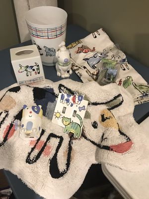 Dog&Cat Kids Bathroom Decor Set for Sale in Ashburn, VA