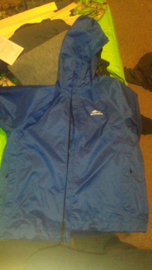 Mens xl Grundens light weight fishing coat waterproof for Sale in Burbank, IL