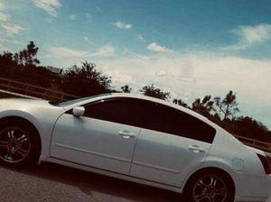 Excellent Nissan Maxima White $800 for Sale in Daytona Beach, FL