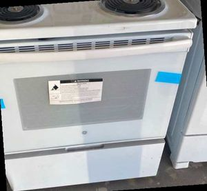 GE JB256DMWW electric Stove 🔥🔥🔥 CB for Sale in Houston, TX