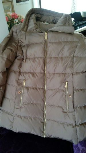 Michael Kors xl coat for Sale in Chicago, IL