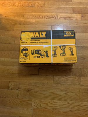 Dewalt 4 pieces DCK476D2 for Sale in New York, NY