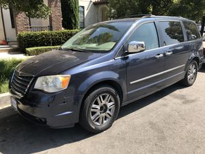 2010 Chrysler Minivan - Town & Country Limited Edition! for Sale in Tustin, CA