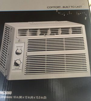 Air conditioner - one year old great condition! for Sale in New York, NY