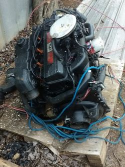 Mercruiser 170 Inboard Outboard Boat Motor 4 Cylinder for Sale in Townville,  SC