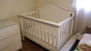 Crib for Sale in Los Angeles, CA