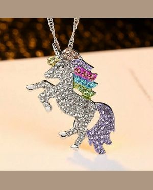 Girl's Unicorn Sparkle Necklace, with Twisted link Chain. New. for Sale in Mercer Island, WA