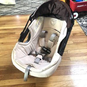 Orbit Baby G3 Infant Car Seat - Brown for Sale in Milpitas, CA