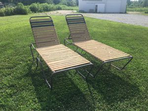 Pair of heavy duty pool lounge chairs for Sale in Columbus, OH