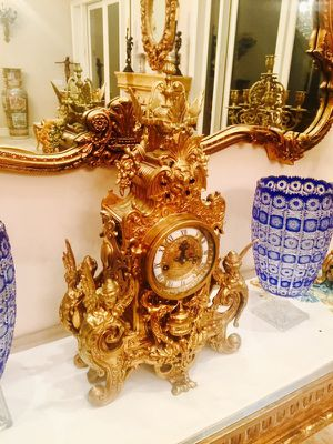 Antique brass clock set with pair of candelabras. Large for Sale in Los Angeles, CA