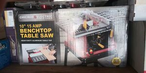 """Chicago Electric 10"""" 15 Amp Benchtop Table Saw for Sale in Los Angeles, CA"""