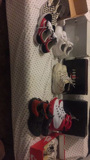 Jordan's,Vans and more!!(READ DESCRIPTION!!) for Sale in Orlando, FL
