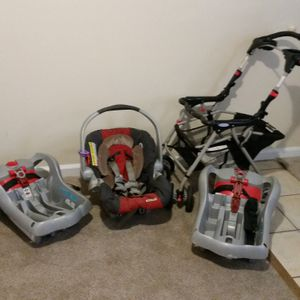 Graco snugride click connect classic stroller car seat for Sale in Lakewood, CO