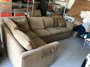 Stickley sectional couch with pull out bed for Sale in Walnut Creek, CA