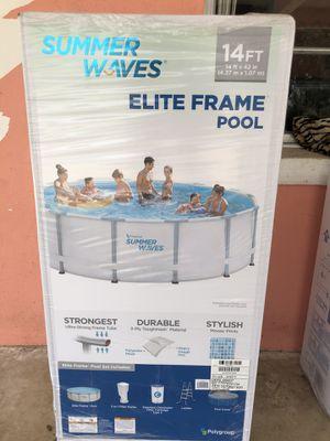 14ft Pool 🏊♀️ for Sale in Frostproof, FL