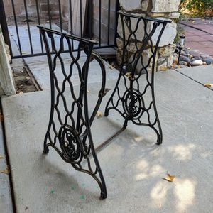 Cast iron Singer Sewing Machine base for Sale in Claremont, CA