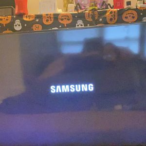 55 Inch Samsung Tv and Roku for Sale in Portland, OR