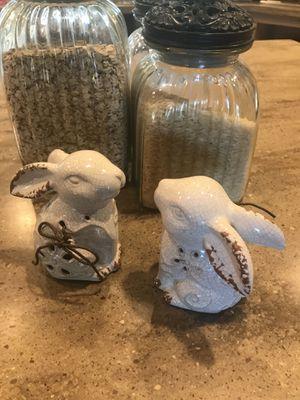 2 cute bunny home decor for Sale in Las Vegas, NV