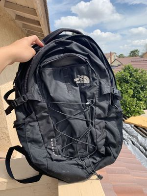 The North face backpack for Sale in Moreno Valley, CA