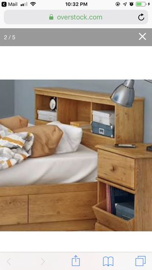 South Shore Little Treasurers Full Size Bed and Headboard for Sale in Redmond, WA