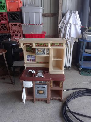 Little kitchen for Sale in Bowling Green, MO