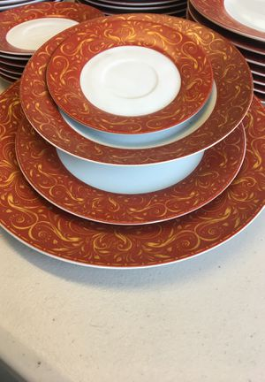 Kitchen plates for Sale in La Puente, CA