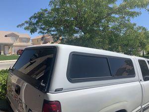 2000 Chevy Silverado camper for Sale in Palmdale, CA
