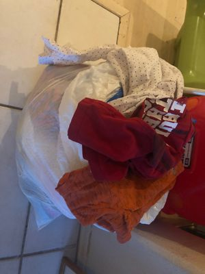 Free 2t boy clothes and toys for Sale in Chandler, AZ