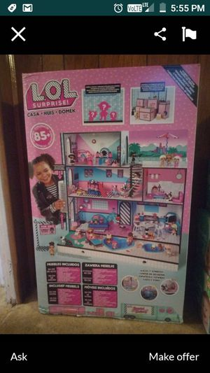 Lol doll house (Used) brought last Christmas for Sale in Stockton, CA