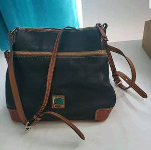 BRAND NEW Dooney and Bourke Pebble Leather Crossbody for Sale in Miami, FL