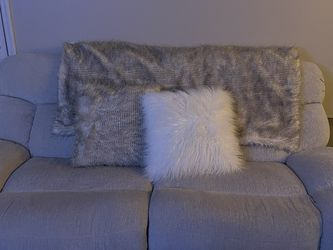 Reclining Automatic Sofa, Charger Outlet, Fairly Used for Sale in Columbus,  OH