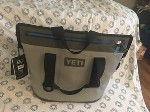 Yety Hopper two cooler for Sale in Oakland, CA