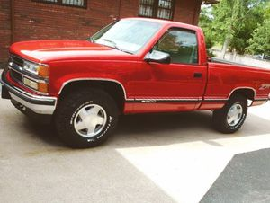 Premium wheels 1998 Chevy SilveradoPrice1OOO$ for Sale in Abilene, TX