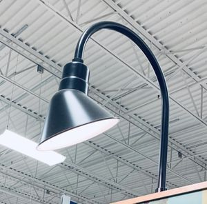Large black lamp for Sale in Thornville, OH