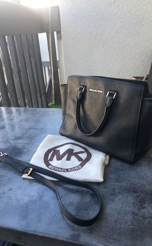5fda5d9f524f74 Michael Kors Ciara Large Saffiano Leather Satchel for Sale in Windsor  Hills, CA