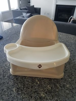 Baby/toddler booster seat for Sale in Lyman, SC
