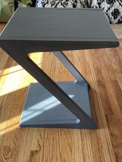 Side Table for Sale in Bellevue,  WA