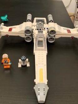 Lego Star Wars luke sky walkers' x-wing Fighter for Sale in Anna,  TX