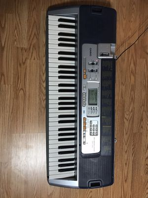 Casino lighting keyboard with midi and microphones input for Sale in Fresno, CA