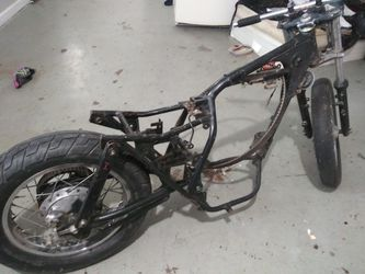 Harley davidson bobber frame for Sale in Wichita,  KS