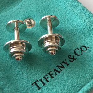 TIFFANY & CO Paloma Picasso CUFF LINK - Vintage - VERY GOOD - Guaranteed Authentic - STERLING SILVER - Almost 17gr for Sale in Las Vegas, NV