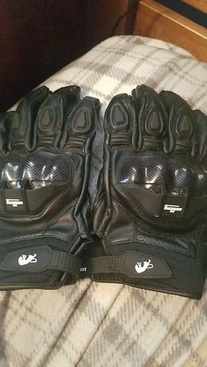 Carbon Fiber Motorcycle Gloves for Sale in New Berlin, PA