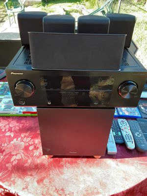 500 watts Pioneer surround sound BLUETOOTH HDMI receiver with Speakers and subwoofer for Sale in Washington, DC